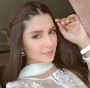 Yay or Nay: Ayeza Khan and her girl next door look - See Pictures